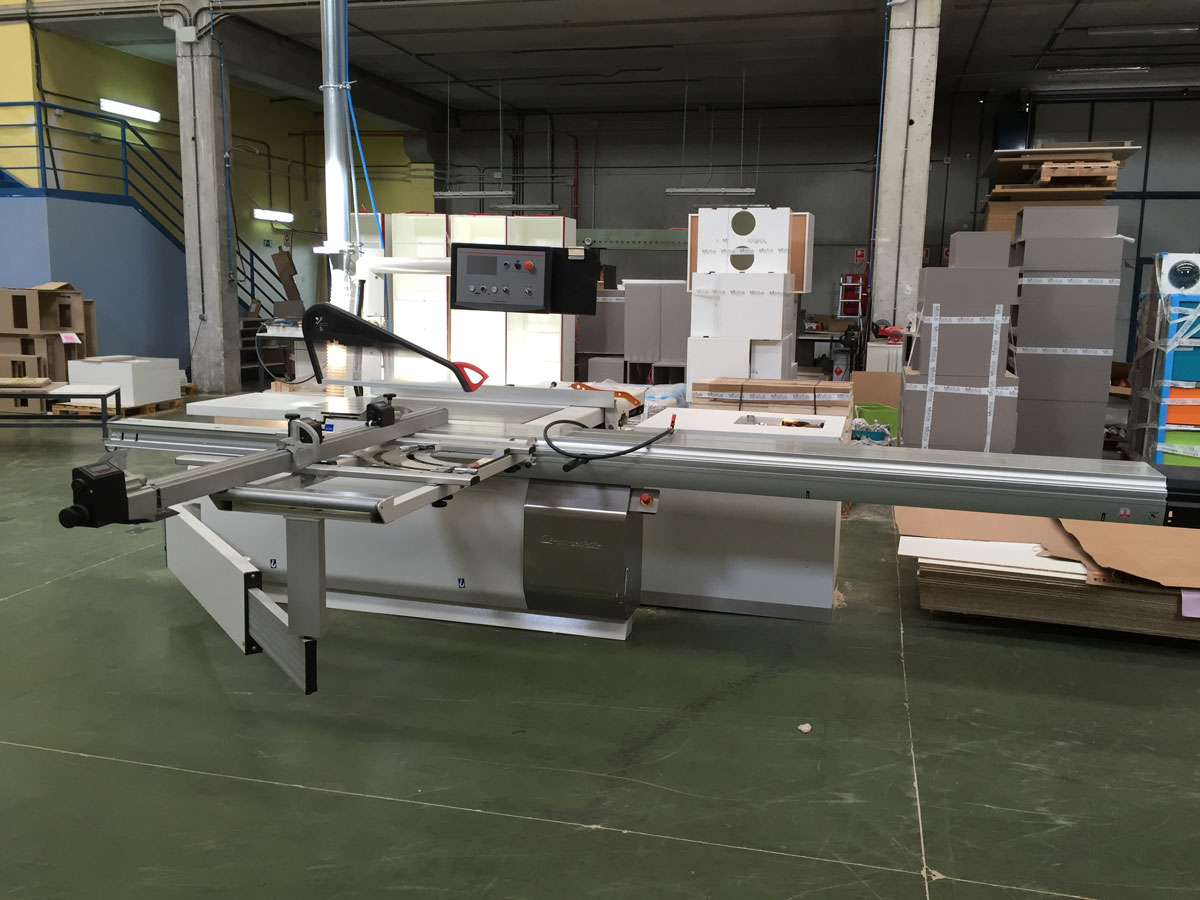 F brica de mobiliario a medida para tiendas morfus for Fabricantes de mobiliario de oficina